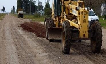 18/07/2017: Continúan los trabajos de recuperación de caminos en la provincia