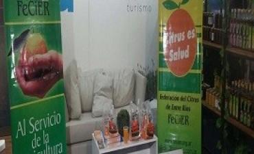 26/07/2017: La Federación del Citrus en el stand de Entre Ríos en Palermo