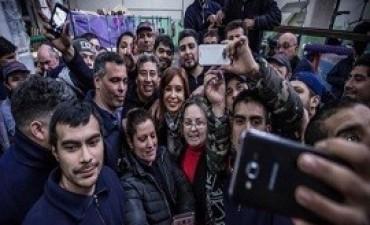 31/07/2017: La suba del dólar confirma que Cristina lidera las encuestas