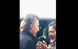 05/07/2018: Tenso cruce entre Gerardo Martínez de la UOCRA y Mauricio Macri en Villa Olímpica
