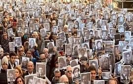 18/07/2018: Con un renovado reclamo de justicia se realizó el acto central a 24 años del atentado a la AMIA