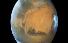 25/07/2018: Histórico: hallan un enorme lago subterráneo de agua salada en Marte