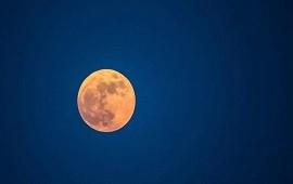 """26/07/2021: Alerta en la NASA por un """"bamboleo"""" en la órbita de la Luna: el inquietante efecto que tendría en la Tierra"""