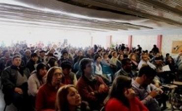 Alicia Kirchner siguió por videoconferencia un encuentro de economía social en Neuquen