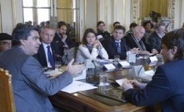 Capitanich analizó con pequeños productores el proyecto de ley de consumidores