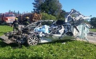 31/08/2017: Tres argentinos fallecieron en un violento choque en Uruguay