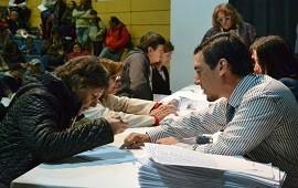 06/08/2018: Se firmarán escrituras de grupos habitacionales de tres localidades del departamento Uruguay
