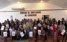 09/08/2018: La provincia entregó escrituras de viviendas en tres localidades del departamento Federación