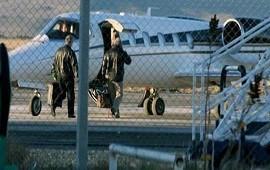 13/08/2018: Piloto denunció que usaron avión para llevar dinero de los K a Panamá