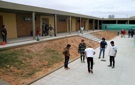 23/08/2018: El gobierno invierte casi un millón de pesos en obras para la escuela de Calabacillas