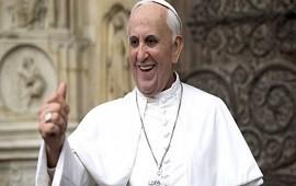 24/08/2018: La conspiración de las noticias falsas y el último delirio: Implicar al Papa Francisco cómo cómplice de la desaparición del dinero corrupto