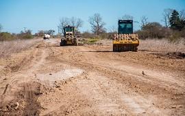 15/08/2019: Consolidan la transitabilidad de la Ruta 33 entre los departamentos Paraná y Nogoyá