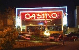 09/08/2019: Balearon a un remisero cerca del Casino de Gualeguaychú