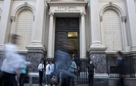 14/08/2019: Economistas esperan gestos políticos que ayuden a descomprimir la suba del dólar