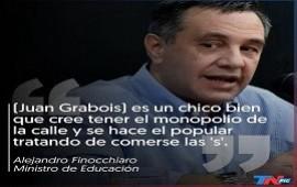 26/08/2019: El Gobierno cruzó a Juan Grabois por sus críticas al