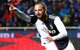 31/08/2020: Sin lugar en la Juventus, Gonzalo Higuaín habría recibido el llamado de una megaestrella para fichar por otro club