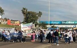 16/08/2021: Trabajadores de la Salud manifestaron frente al Túnel Subfluvial