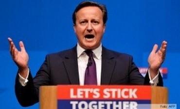 Cameron hace un último esfuerzo por frustrar la independencia de Escocia