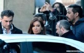 Reiteran el pedido de indagatoria de Cristina Kirchner por el manejo de la obra pública