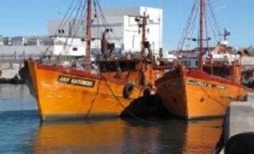 Tres pescadores muertos y otros dos desaparecidos al naufragar una lancha en Mar del Plata