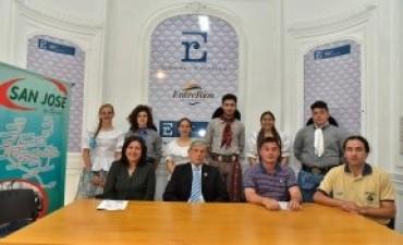 Se presentó en el Ministerio de Turismo el festival internacional de folklore que se realizará en Crespo