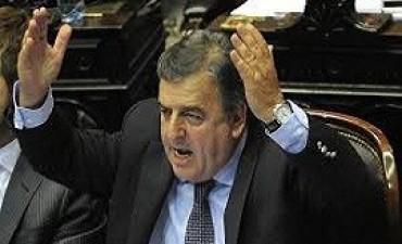 El diputado Negri pedirá una reunión con Malcorra para que