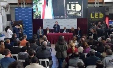 07/09/2017: Bordet impulsa la provincialización de la represa para pagar la energía más barata