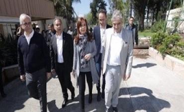 13/09/2017: Fuertes críticas opositoras a la carta abierta de Cristina