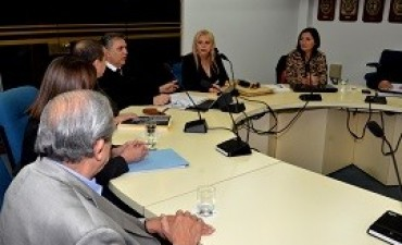 22/09/2017: Rodríguez Signes expuso la estrategia de la provincia ante la demanda de Vidal