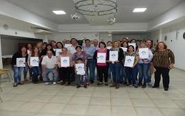 13/09/2018: La provincia entregó escrituras de viviendas en tres localidades del departamento Federación