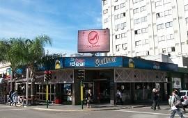 10/09/2019: Robó 70 mil pesos en un reconocido bar de Concordia y quedó registrado en las cámaras de seguridad