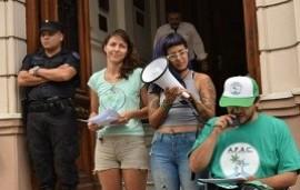 17/09/2019: Marihuana para uso personal: absolvieron a la joven entrerriana que tenía plantas en su casa