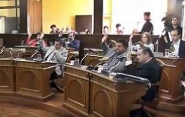 19/09/2019: El Concejo aprobó por unanimidad la autorización a rescindir la concesión de los galpones del Puerto