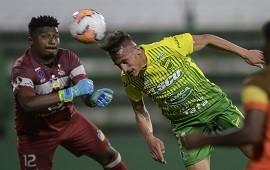18/09/2020: Copa Libertadores: Defensa goleó a Delfín en Varela