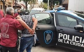 28/09/2020: Villa del Parque: delincuentes ataron y golpearon en la cara a una jubilada de 95 años para robarle sus dólares