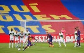 19/09/2020: Pase quirúrgico en el gol, un gran tiro libre y una patada que preocupó a todos: el partido de Messi en el triunfo ante Elche