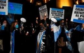 23/09/2020: Marcharon con antorchas para respaldar a los jueces desplazados que investigaban a Cristina Kirchner