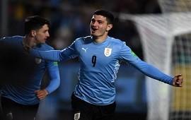 05/09/2021: Con un doblete de De Arrascaeta y goles de Valverde y Martínez, Uruguay venció por 4-2 a Bolivia y subió al cuarto puesto con 12 puntos.
