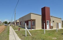 13/09/2021: Con fondos provinciales, construirán 74 viviendas para cuatro localidades