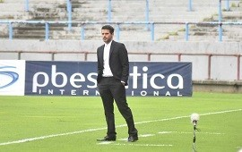 27/09/2021: Fernando Gago se despidió como técnico de Aldovisi