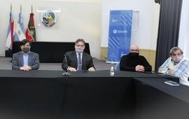 17/09/2021: En pleno cruce con funcionarios, acordaron un aumento del 20 por ciento con los gremios municipales