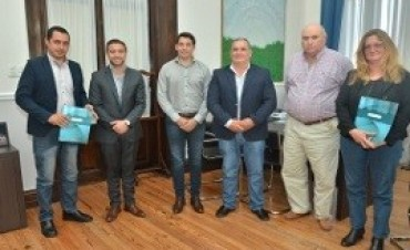 La provincia entregó aportes a Juntas de Gobierno del Departamento Islas del Ibicuy