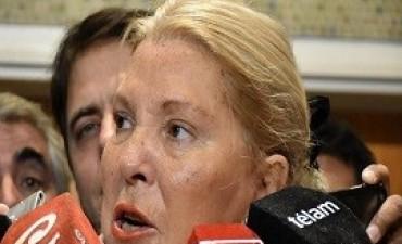 05/10/2017: Carrió afirmó que la candidata denunciada por violencia familiar