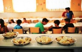 """03/10/2019: Cuestionan la decisión de abrir los comedores escolares los sábados porque """"sería apenas un parche"""""""