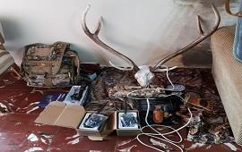 17/10/2019: Encontraron gran cantidad de armas y municiones y detuvieron a un joven de Concordia