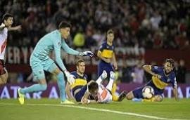 """02/10/2019: Fantino descargó su furia contra el VAR tras la derrota de Boca: """"Me parece vergonzoso"""""""
