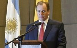 """03/10/2019: Con el presidente en Entre Ríos, Bordet instó a """"repensar las variables económicas, poniendo al ser humano en el centro de la escena"""""""