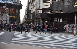 21/10/2019: Grupos de izquierda atacaron salvajemente a periodistas frente al consulado de Chile en Buenos Aires: 9 detenidos