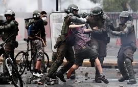 25/10/2019: El Gobierno chileno elevó a 19 la cifra de muertos por las protestas y se confirmó que tres de ellos eran peruanos