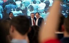30/10/2019: ¿Qué habría pasado entre CFK y Bordet en el escenario donde Alberto Fernández celebró el triunfo?